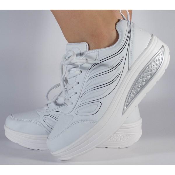 Adidasi albi cu talpa convexa 0